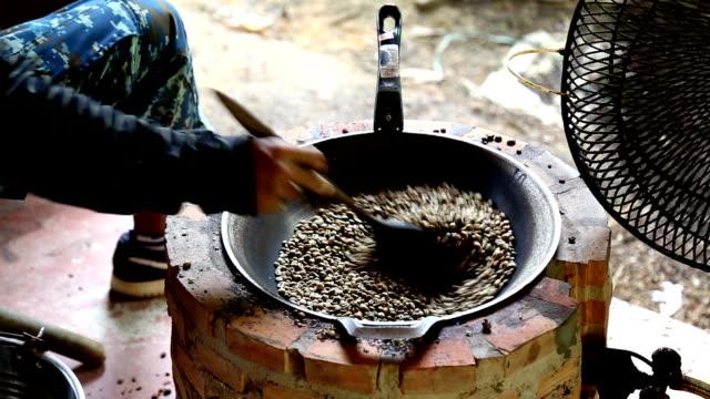 Roasted coffee video