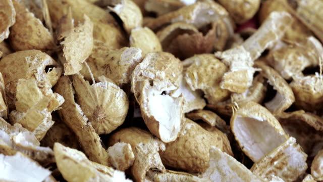 Roasted peanut shells
