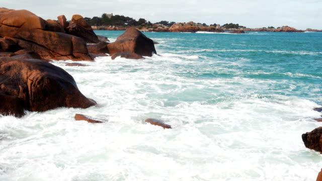 rocky atlantic ocean coast - oceano atlantico video stock e b–roll