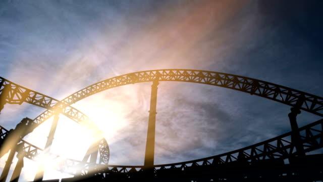 vídeos de stock, filmes e b-roll de roller russa - rollercoaster