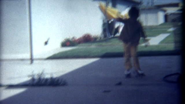 wrotkarstwo wypadek 1960's - łyżwa filmów i materiałów b-roll