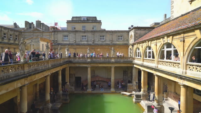 Roman Bath in Bath ,United Kingdom - vídeo