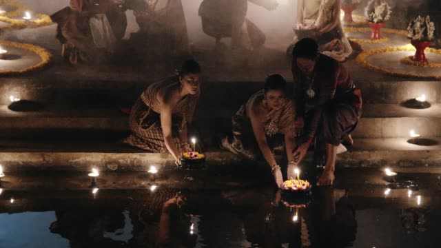 Romantic Activity at Loi Krathong Festival