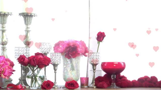 Décorations romantiques avec roses coeurs fond--prête à boucle - Vidéo