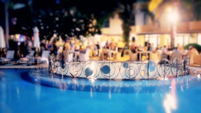 vídeos de stock, filmes e b-roll de noite romântica de evento - festa da empresa