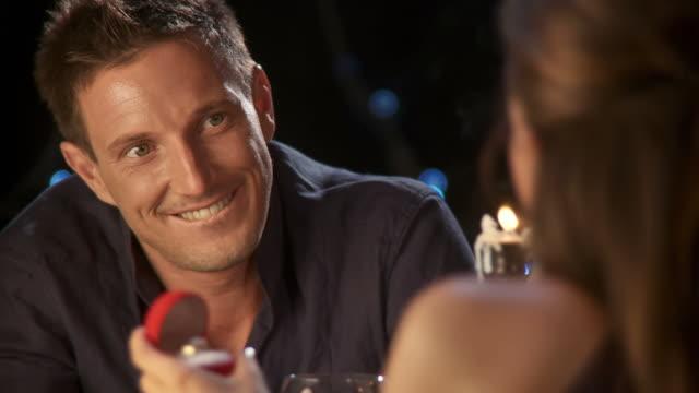 vídeos y material grabado en eventos de stock de hd: romántico propone - prometido