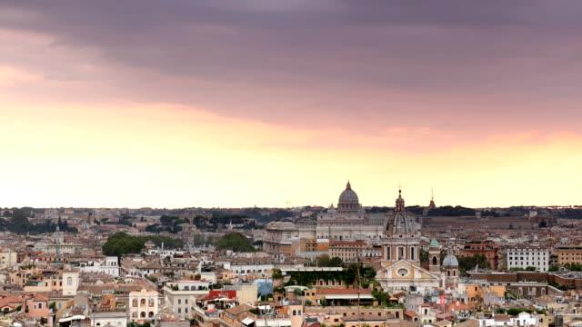roma günbatımı - vatikan şehir devleti stok videoları ve detay görüntü çekimi