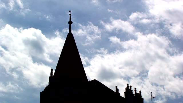 Roof & Clouds-ACCELERATED video