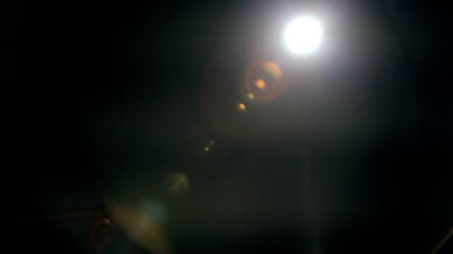 vídeos y material grabado en eventos de stock de roof luz resplandor del objetivo uno después del otro - escenario