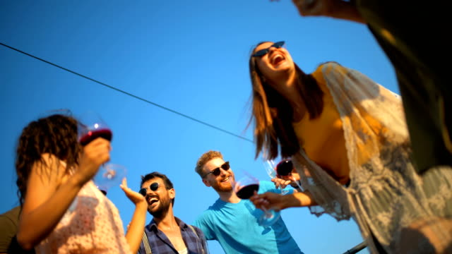 rooftop fest. - vin sommar fest bildbanksvideor och videomaterial från bakom kulisserna