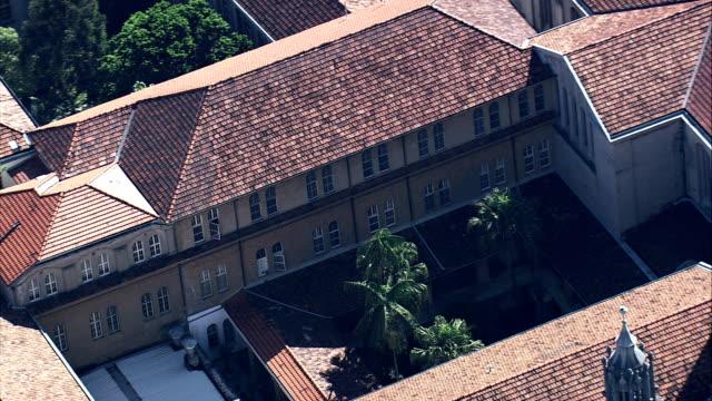 die dächer des kloster são bento-luftaufnahme-são paulo, sao paulo, brasilien - kloster stock-videos und b-roll-filmmaterial