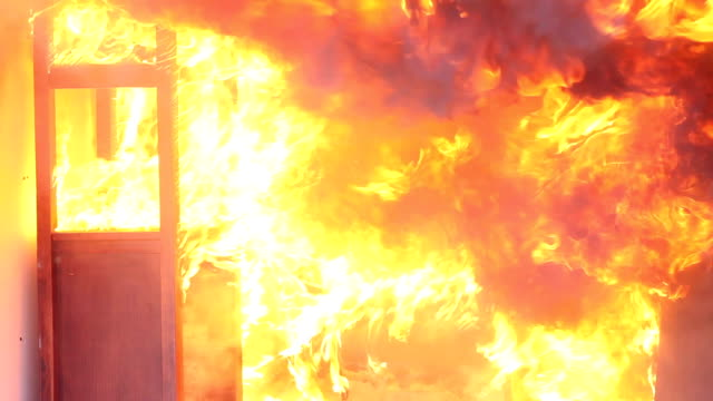 ablaze in camera - incendio doloso video stock e b–roll