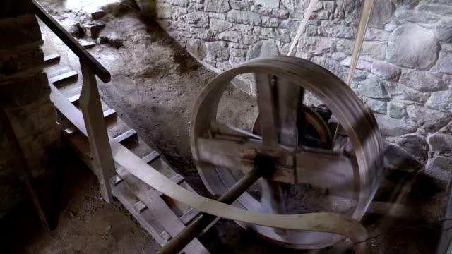 回転 cogwheel の水車 - 石垣点の映像素材/bロール