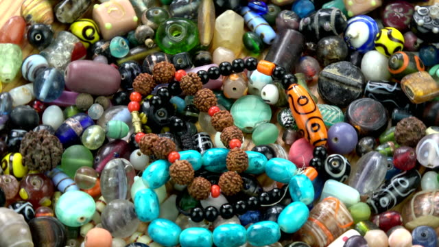 Rotating indian  old and new beads bracelet