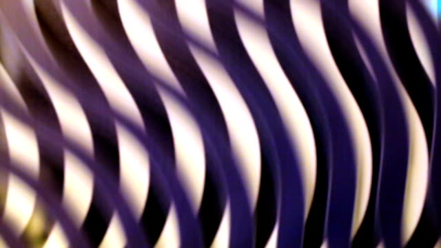 Rotating lines creating optical illusion video