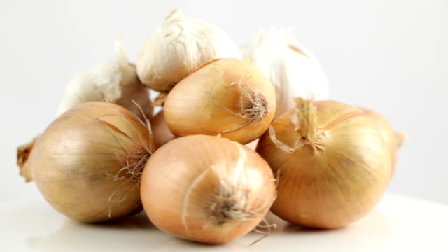 Rotating Onions and Garlic