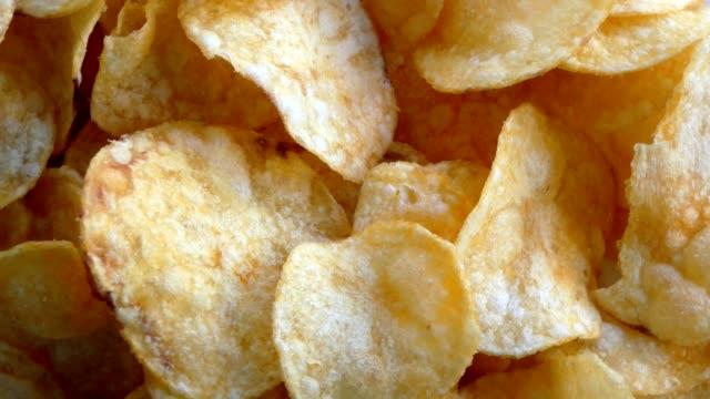 rotating potatoe chips video