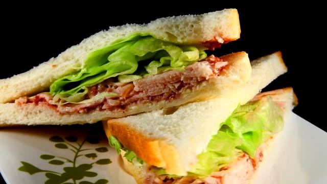 Rotating sandwich video