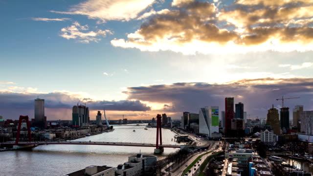 tramonto skyline di rotterdam - rotterdam video stock e b–roll
