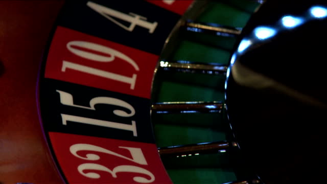 Roulette wheel numbers starting to spin video
