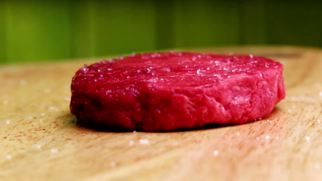 round raw beef Patty video