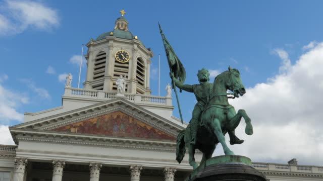 vídeos de stock e filmes b-roll de palácio real de bruxelas, bélgica - dia de reis