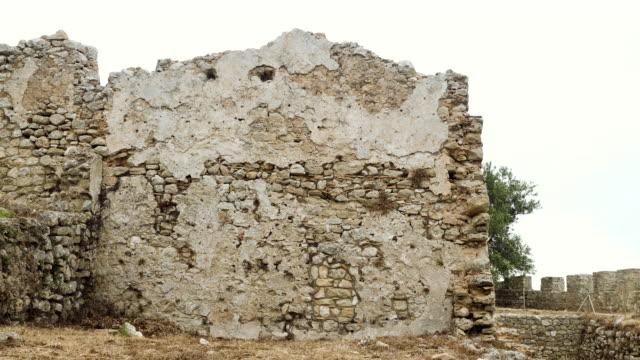 古代ギリシャの要塞の遺跡。ギリシャ。4k - 煉瓦点の映像素材/bロール