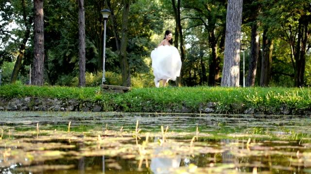 Runaway Bride video