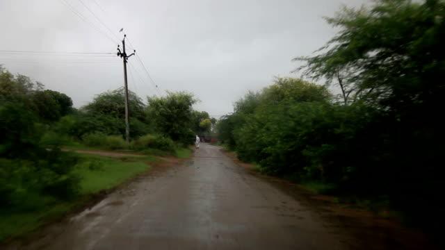 сельских районов страны дорога - харьяна стоковые видео и кадры b-roll