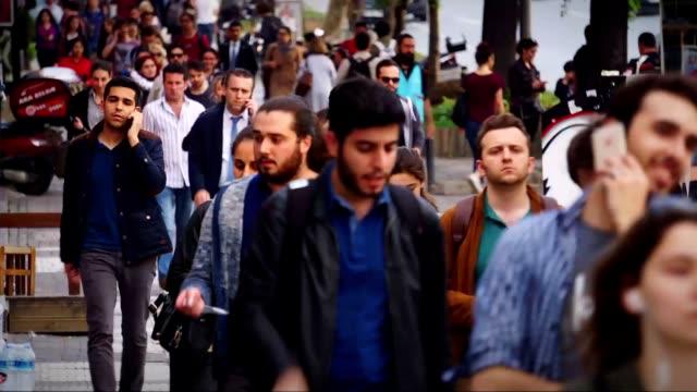 vídeos y material grabado en eventos de stock de hora de acometidas istanbul - velocidad