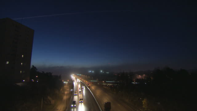 Rushhour traffic in twilight. video