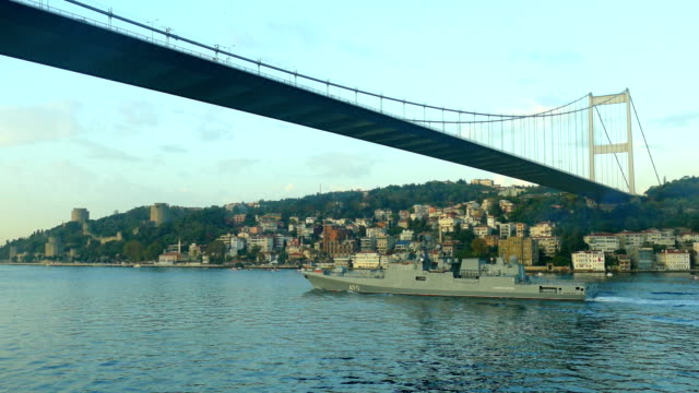 Russian warship in the Bosphorus video