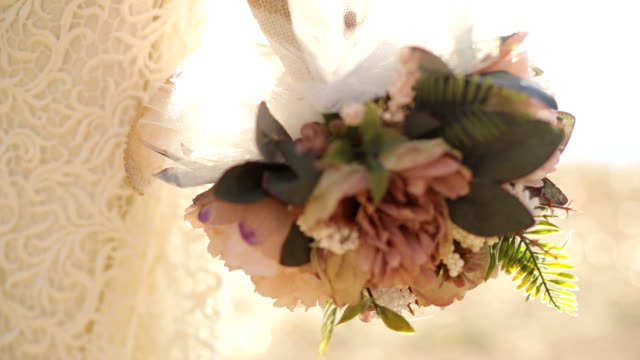 rustic wedding bouquet - триллиум стоковые видео и кадры b-roll
