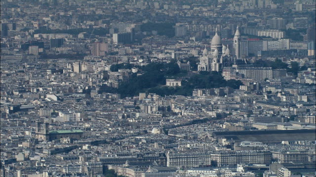 sacré-coeur - flygfoto - île-de-france, paris, frankrike - montmatre utsikt bildbanksvideor och videomaterial från bakom kulisserna