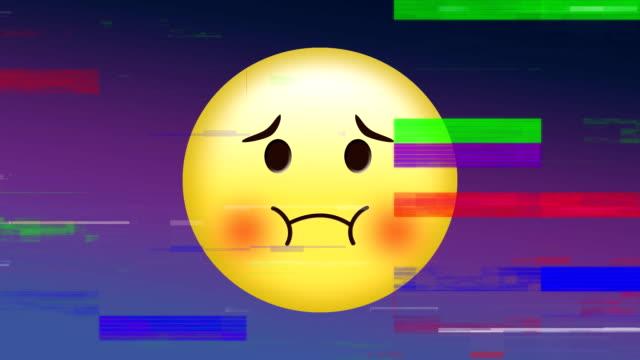 emoji viso triste con rumore pixel - rappresentazione umana video stock e b–roll