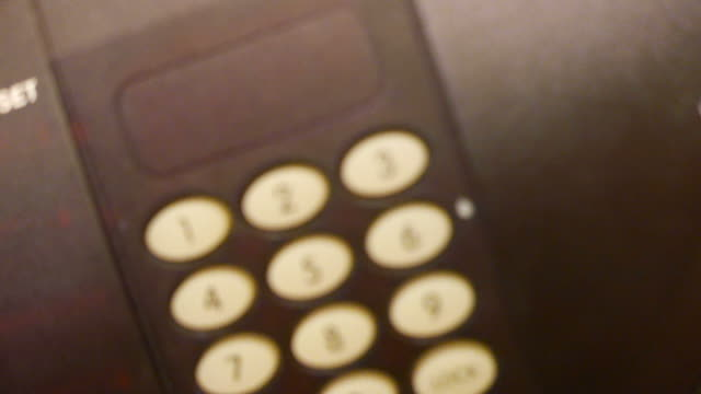 vídeos de stock, filmes e b-roll de trava de segurança - armário com fechadura