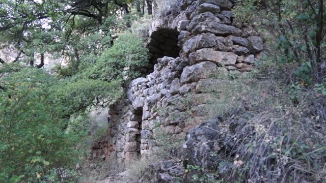 saint behnam monastery, hadchit, lebanon - męczennik filmów i materiałów b-roll