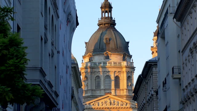 saint stephen's basilica in budapest - neoclassical architecture stock videos & royalty-free footage