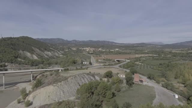 salas de pallars - lleida стоковые видео и кадры b-roll