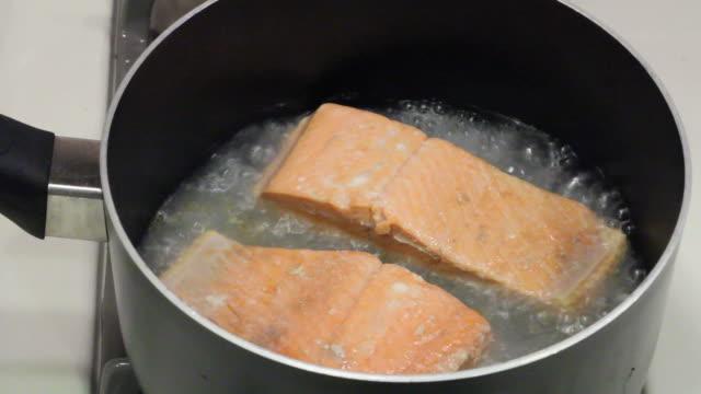 Salmon Fillets Poaching video