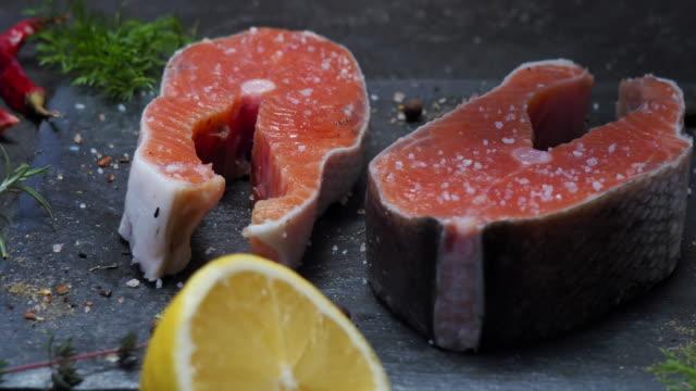 Salmon steaks salting video