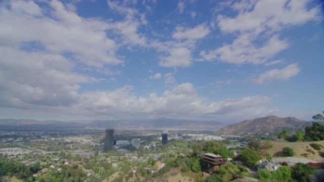 vidéos et rushes de san fernando valley view - californie du sud