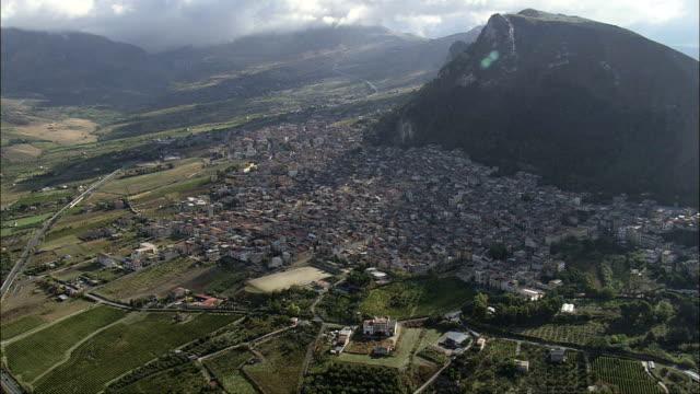 サンジュゼッペ・ハト-航空写真シチリア、州の パレルモ 、monreale,イタリア - モンレアーレ点の映像素材/bロール