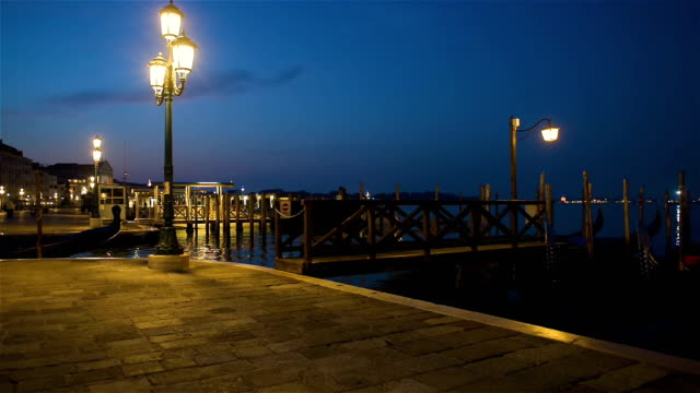 san marco at night - luce stradale video stock e b–roll