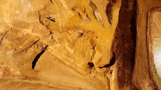 sand und kies steinbruch - aerial view soil germany stock-videos und b-roll-filmmaterial