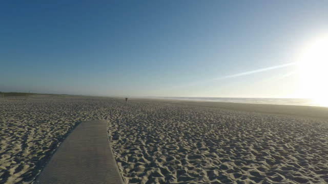 vídeos de stock e filmes b-roll de sand dunes of sao jacinto beach in portugal - aveiro