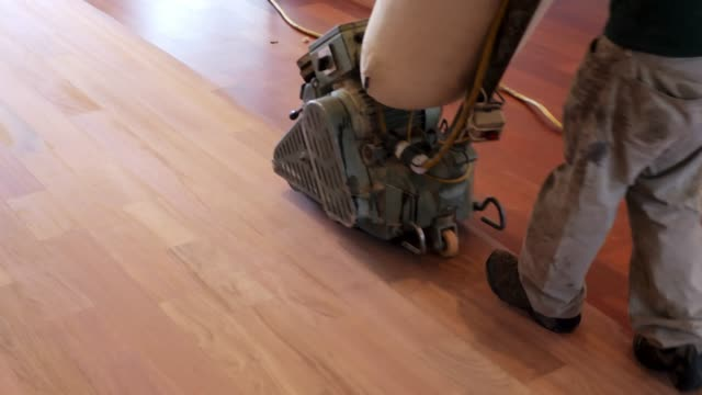 sanding old wood flooring - levigatrice video stock e b–roll