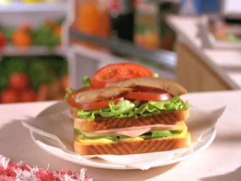 サンドイッチ armandose 場合のみ記入してください - 食パン点の映像素材/bロール