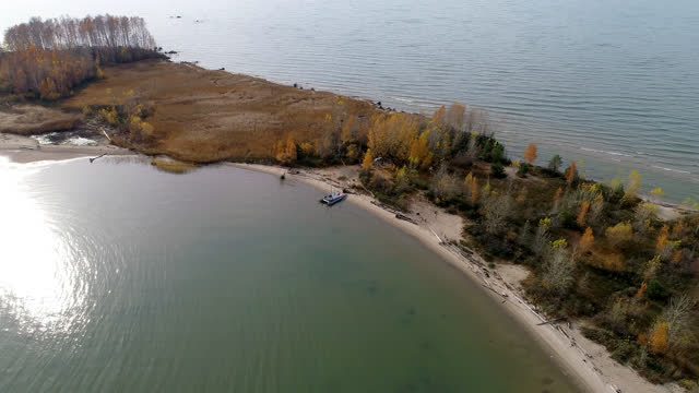sandy island on the river video