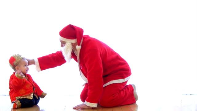 サンタクロース vs 中国の新年 01 ビデオ